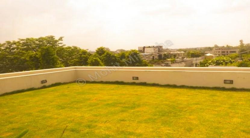 Defence Colony New Delhi, 4 BHK Penthouse Top Floor in C Block