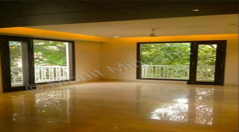 Jorbagh, 550 Yards, Park Facing Ground Floor, 2800 Sq Ft, 4 BHK