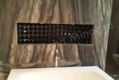 bathroom 14 apr 16 (30)