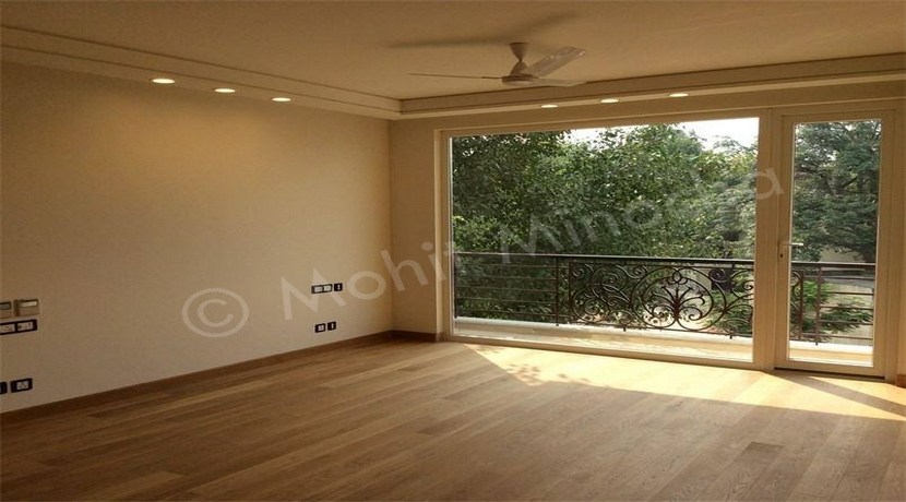 Saket, 330 Yards, Corner Park Facing Basement and Ground Duplex, 4 BHK