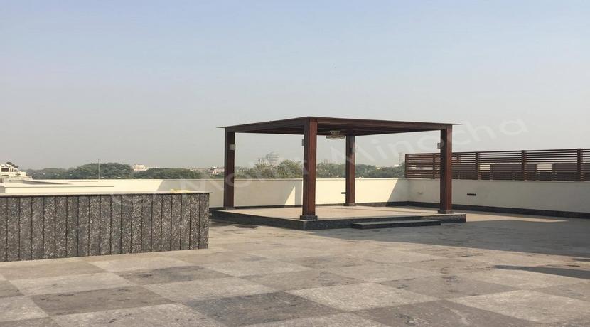 Property in Hauz Khas Enclave, 510 Yards Top Floor with Terrace Garden