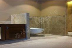 bathroom-16-sep-16-32