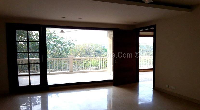 East of Kailash Real Estate, E Block 375 Yards Corner Floors for Sale