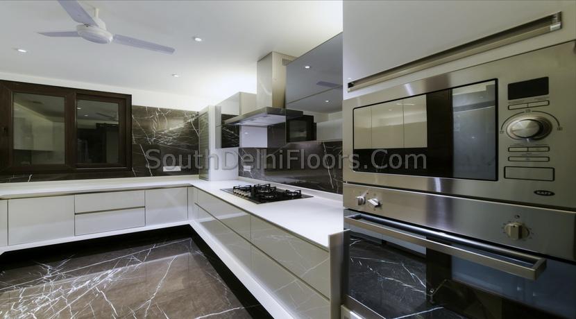 GK2 Properties, 400 Yards Luxury Floors for Sale, 4 BHK