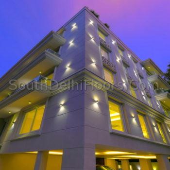 3 bhk flat in south delhi