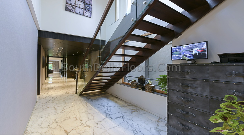 400 Yards Duplex in GK-2 with Swimming Pool, Home Theatre