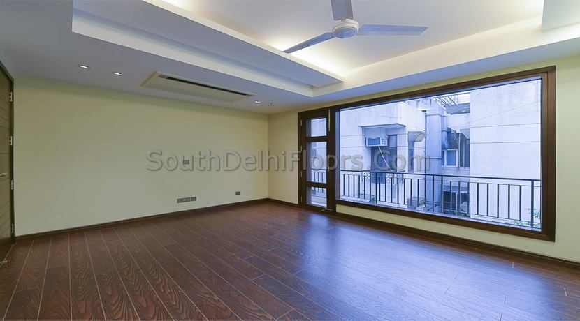 5 Bedrooms 1000 Yards Top Floor with Terrace in GK-1, Wider Road, Peaceful Location